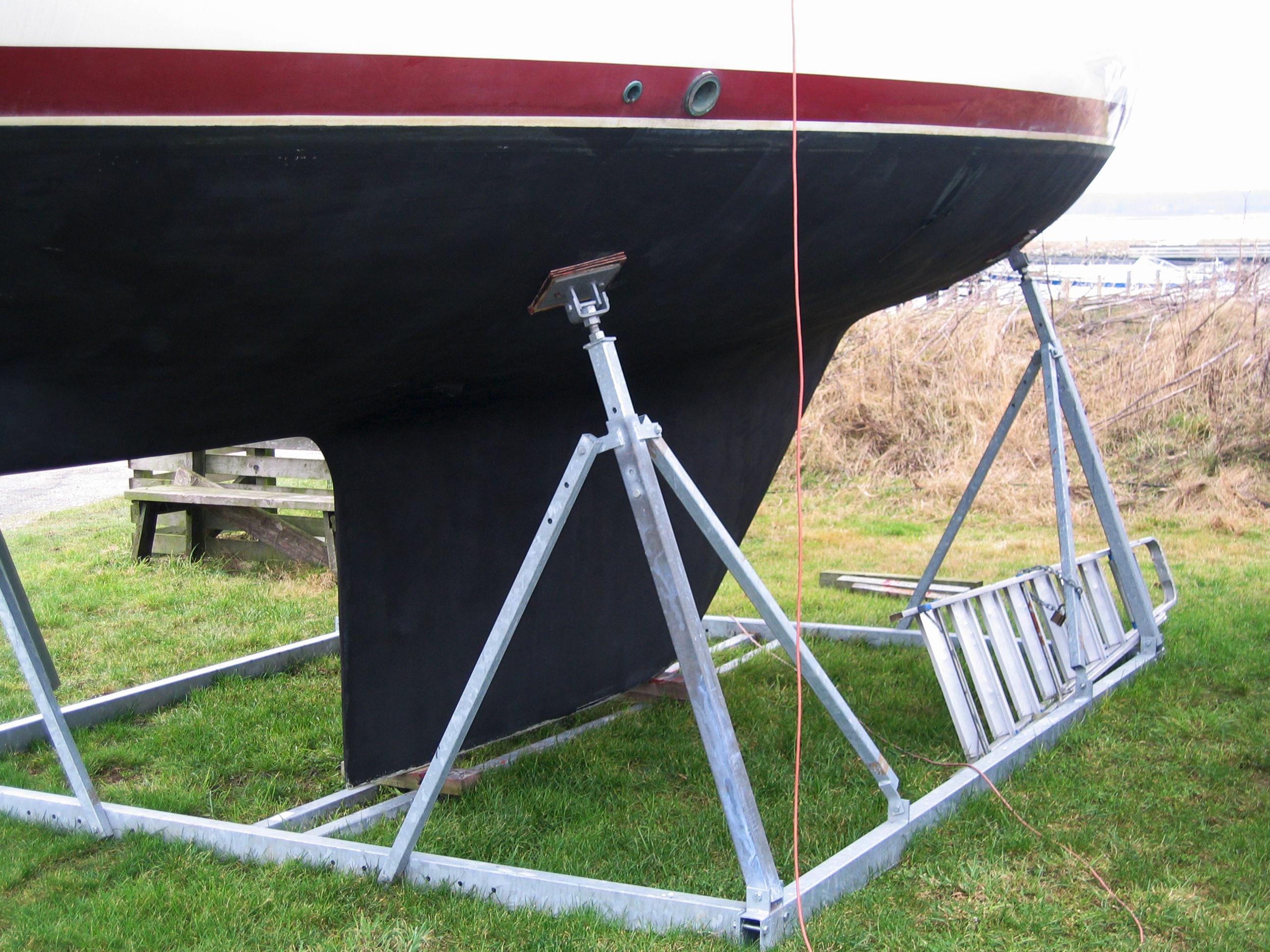Alm. bådstativer sejlbåd